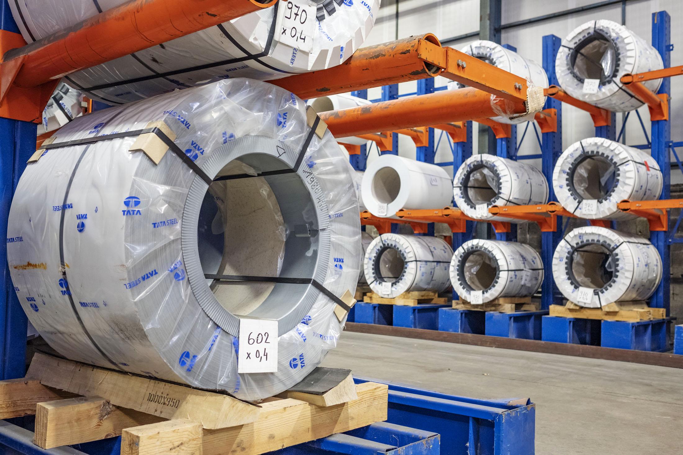 Reportage, photo de stockage de bobines de métal