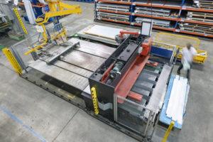 Reportage industriel, vue d'une plieuse de métal